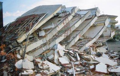 Deprem nedir? Depremin oluş nedenleri ve büyüklükleri hakkında bilgiler